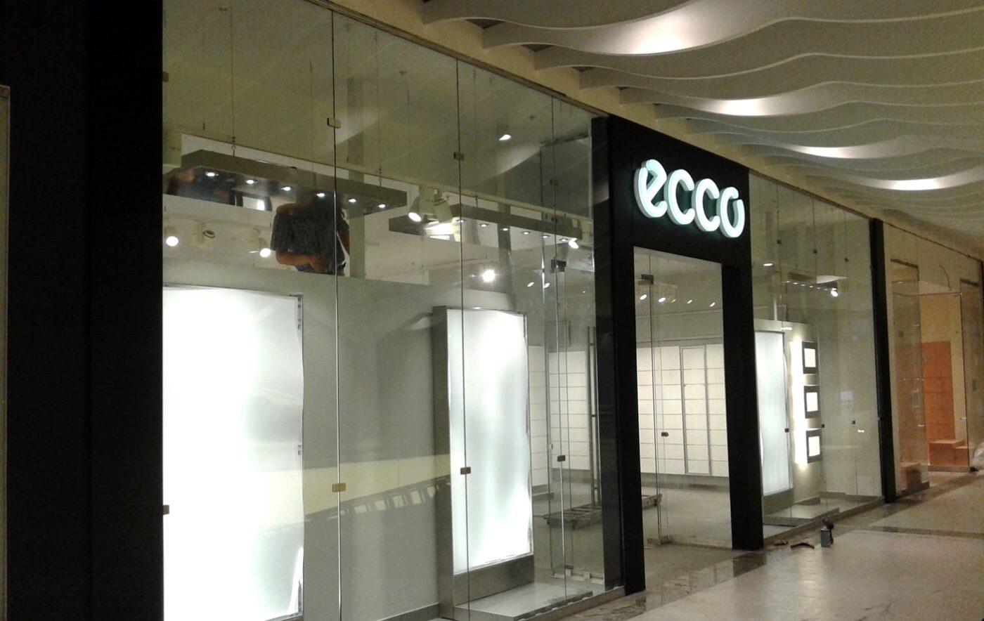 Интерьерная вывеска Ecco